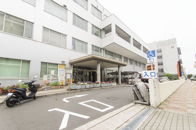 鶴見区役所
