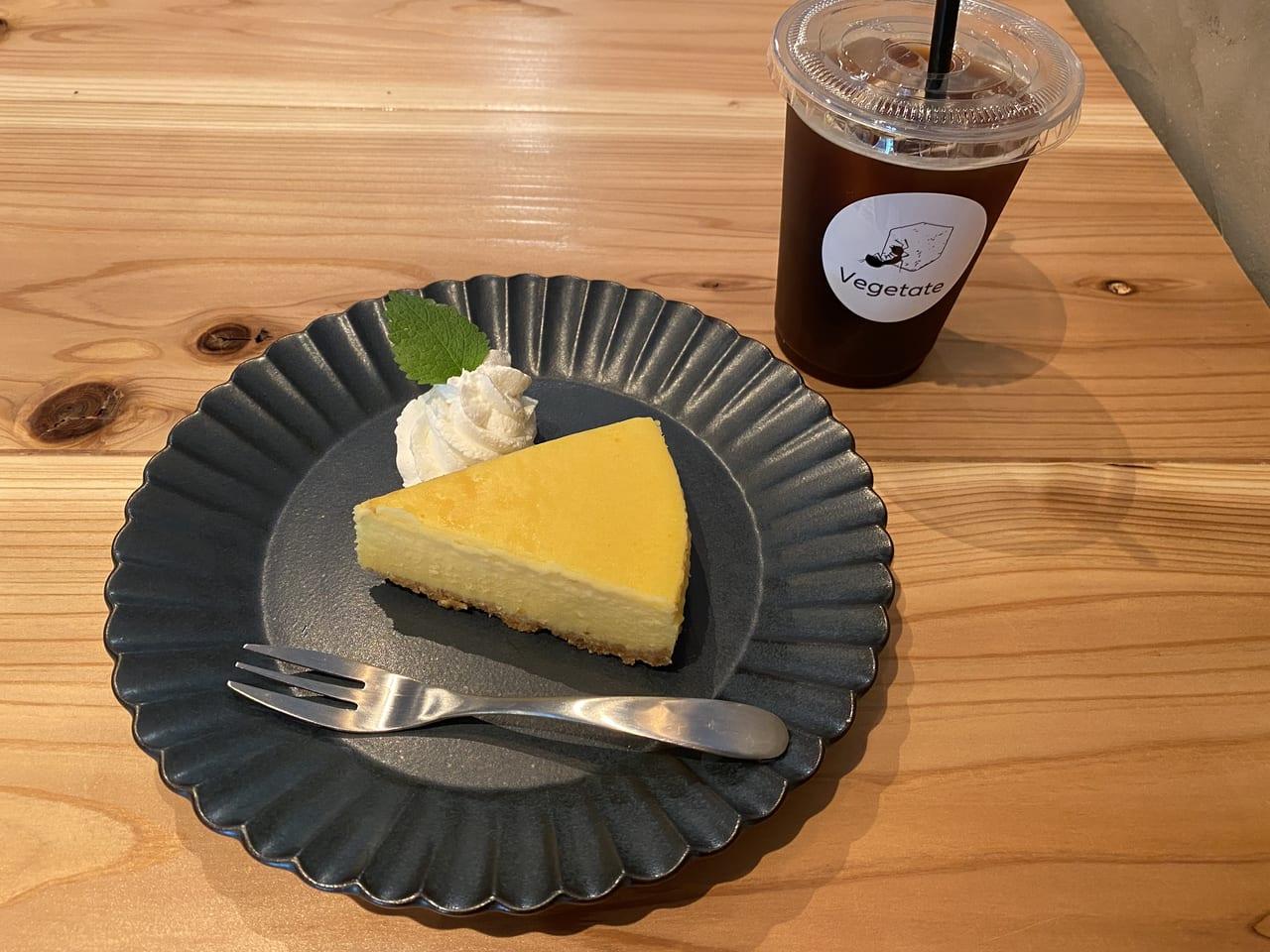 アメリカーノとチーズケーキ